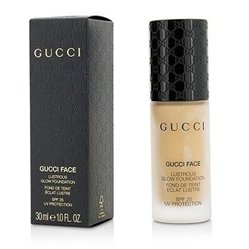 Gucci Lustrous Glow Foundation SPF 25 - #070 (Medium)